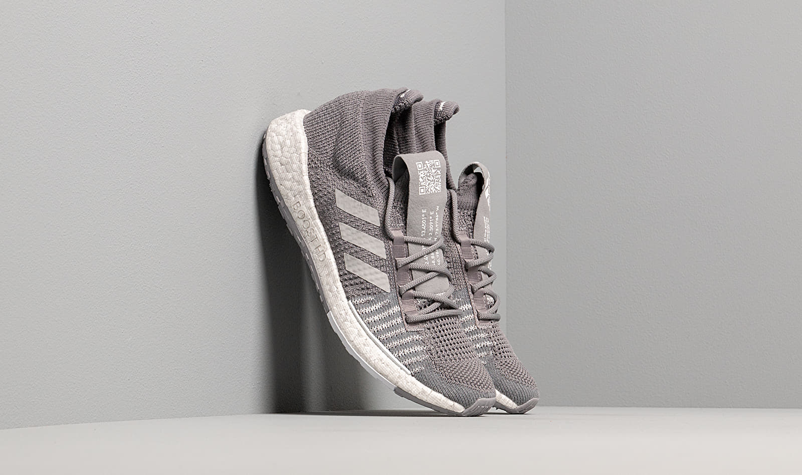 adidas PulseBOOST HD w Grey Three/ Grey Two/ Ftw White