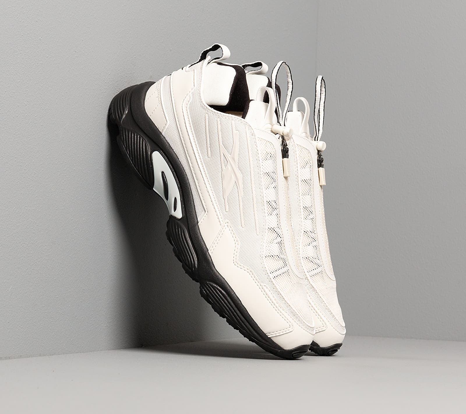 Reebok DMX Series 2200 Zip Chalk/ Black/ Panton
