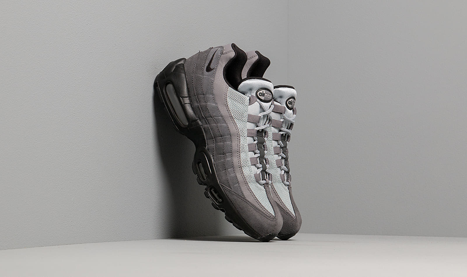 Nike Air Max 95 Essential Anthracite/ Black-Wolf Grey-Gunsmoke AT9865-008