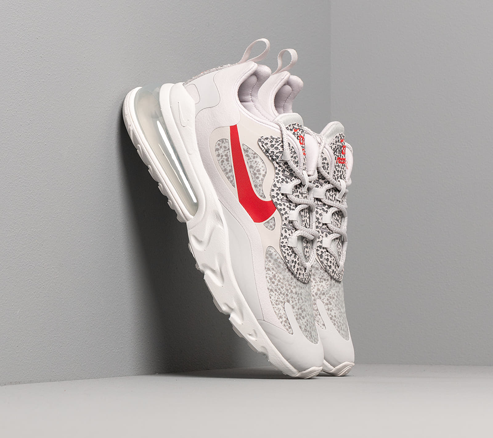 Nike Air Max 270 React Neutral Grey/ University Red-Lt Graphite CT2535-001