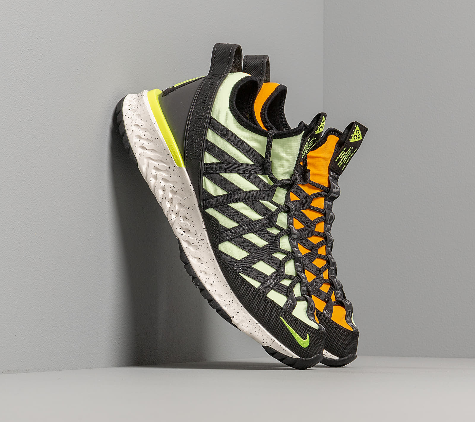 Nike ACG React Terra Gobe Barely Volt/ Volt-University Gold BV6344-701