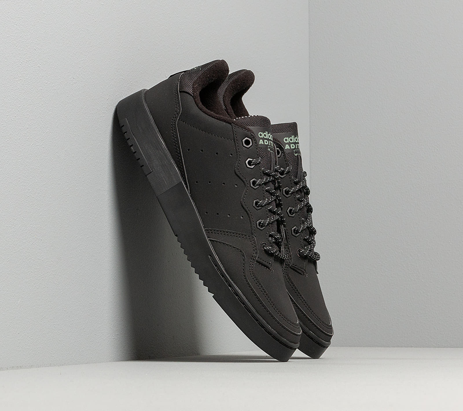 adidas Supercourt Core Black/ Core Black/ Trace Green FV4658