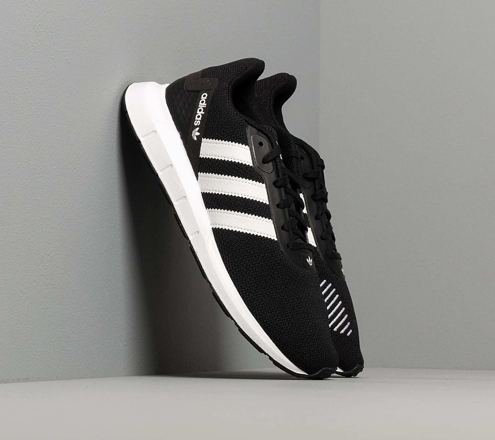 adidas Swift Run Rf Core Black/ Ftw White/ Core Black FV5361