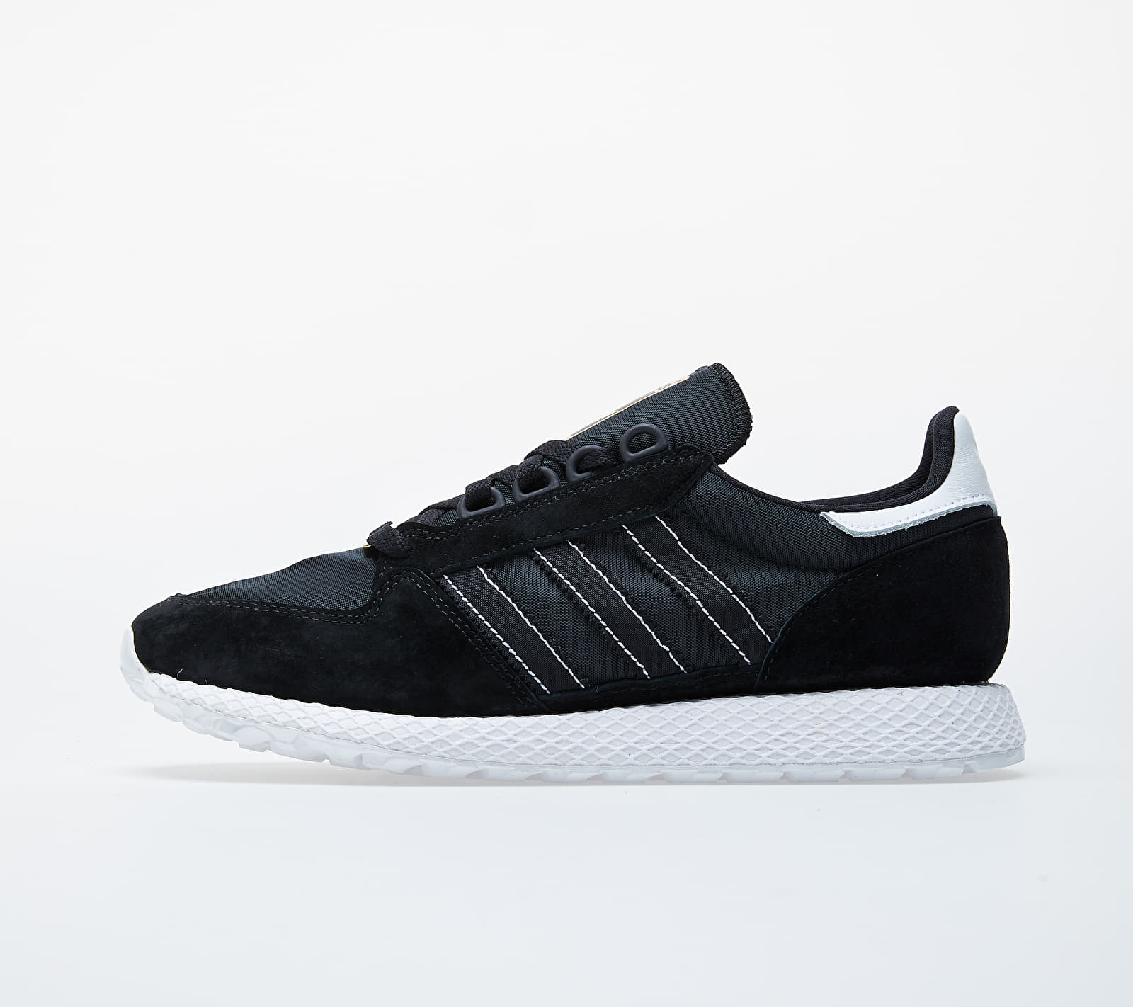 adidas Forest Grove Core Black/ Core Black/ Ftw White EH1547