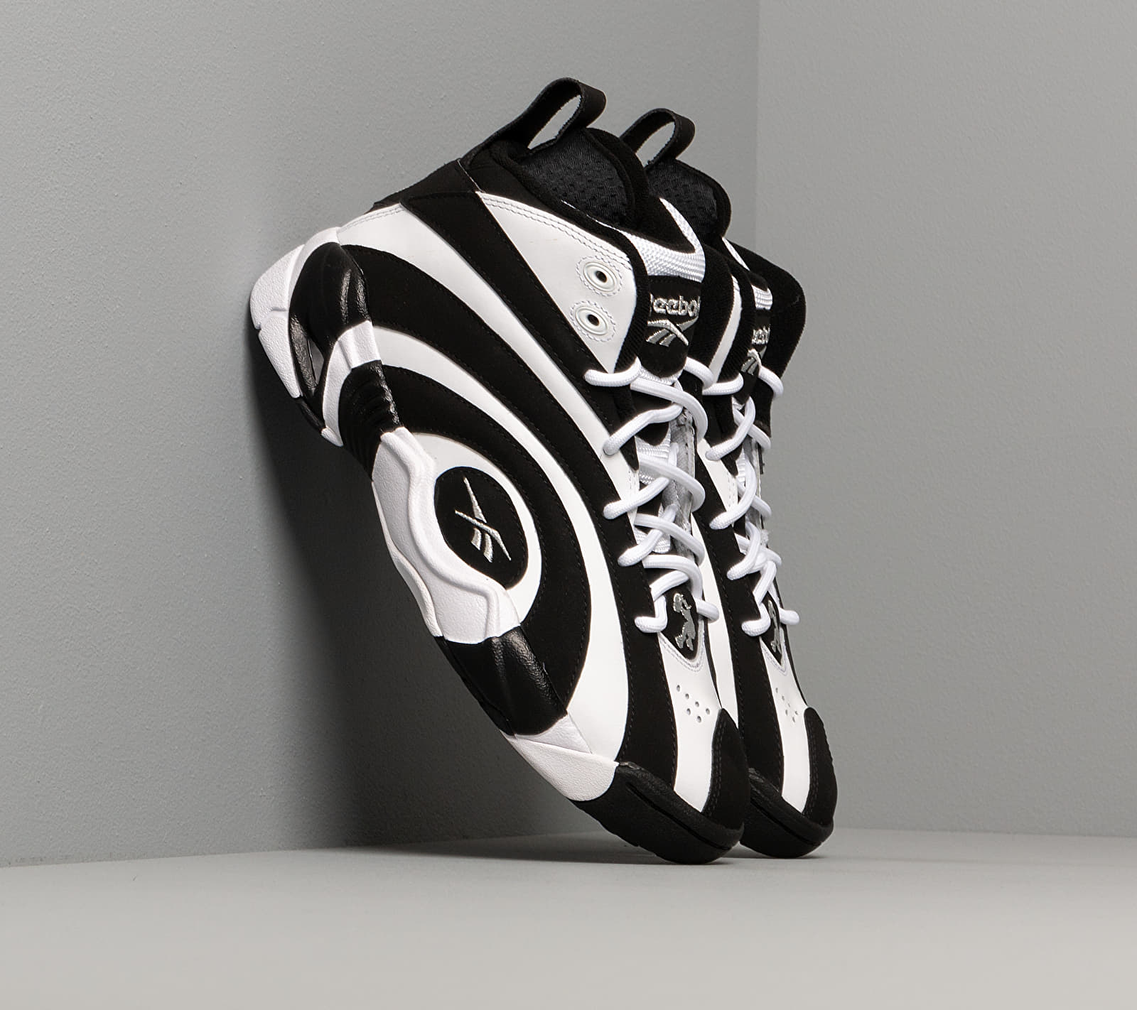 Reebok Shaqnosis Black/ White/ Silver Metalic EF3069