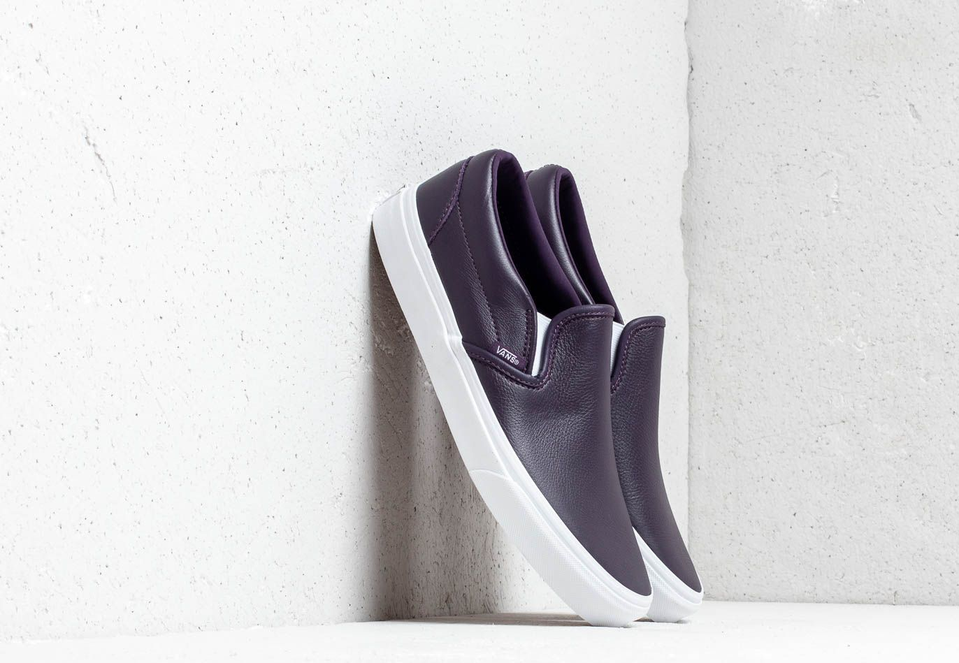 Vans Classic Slip-On (Leather) Mysterioso/ True VN0A38F7VM91
