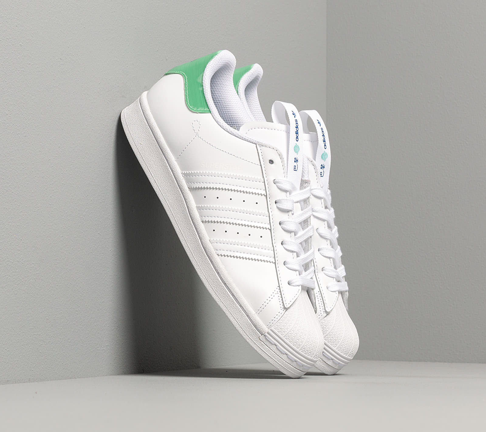 adidas Superstar Ftwr White/ Prism Mint/ Collegiate Royal FW2847