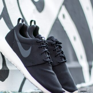 Nike Roshe One Black/ Anthracite-Sail 511881-010