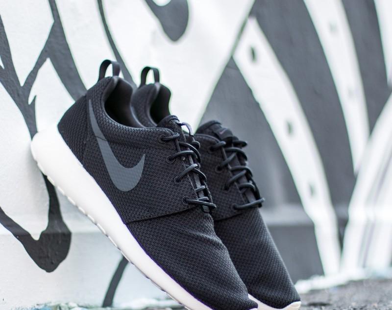 Nike Roshe One Black/ Anthracite-Sail 511881-010