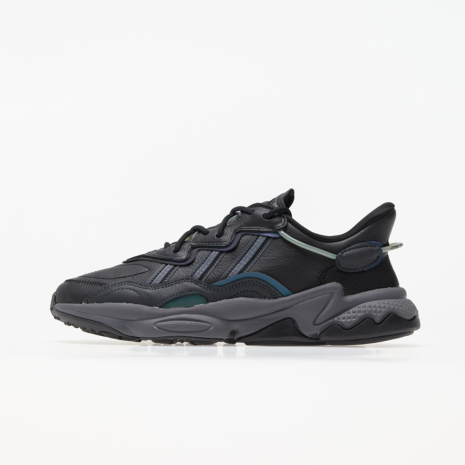 adidas Ozweego Core Black/ Grey Four/ Onix EE7004