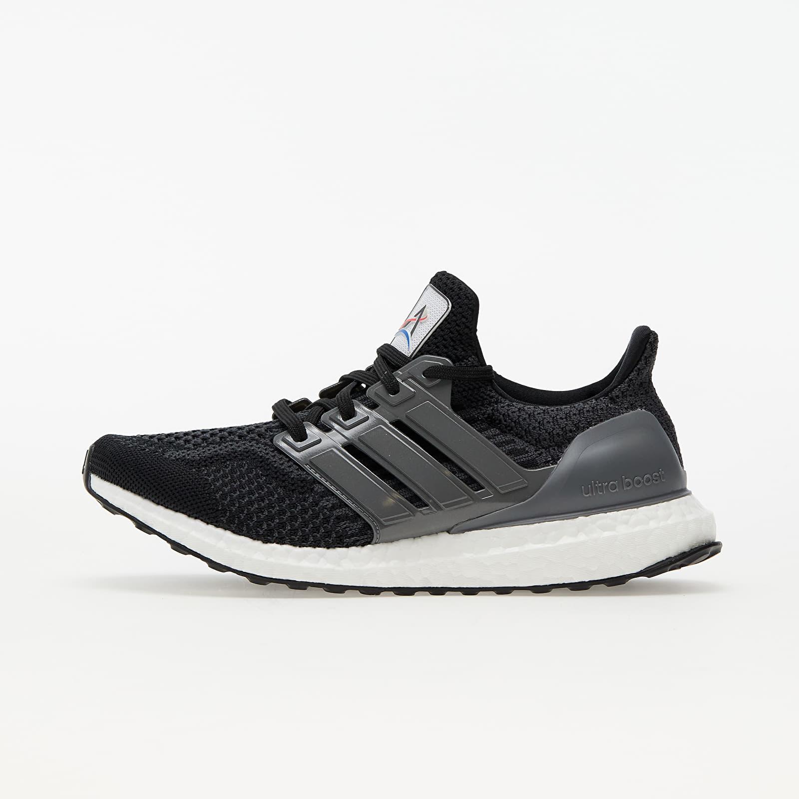 adidas UltraBOOST 5.0 DNA W Core Black/ Iron Metalic/ Carbon FZ1853